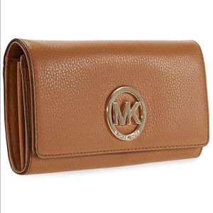 Michael Kors Fulton Brown Carryall Leather Wallet